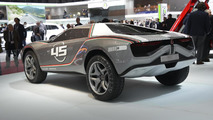 Italdesign Giugiaro Parcour with racing stripes live in Geneva