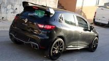 2017 Renault Clio RS16 spy photo