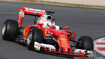 Barcelona F1 test: Vettel quickest as Mercedes racks up miles
