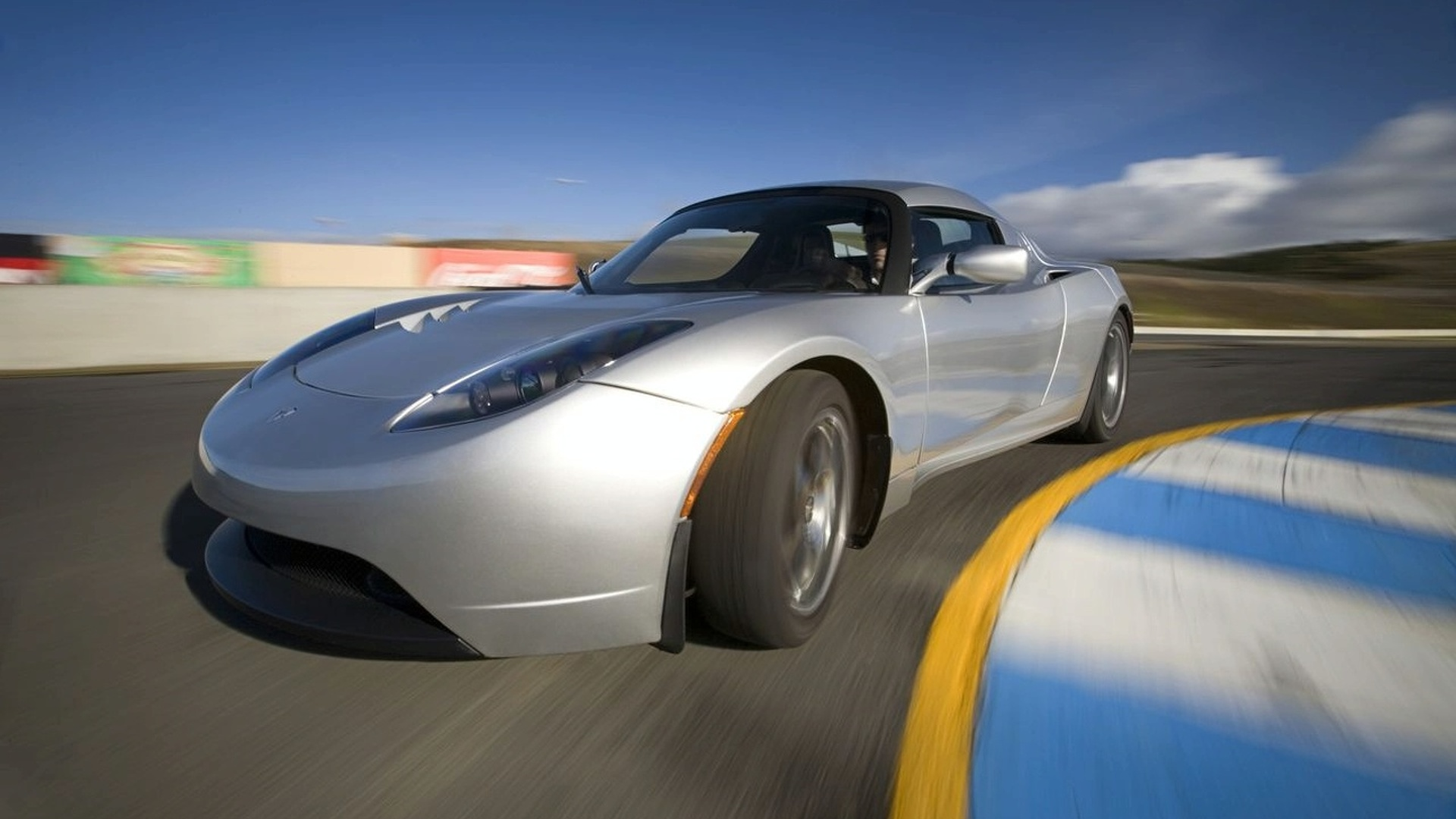 Tesla Roadster 3.0 package officially announced