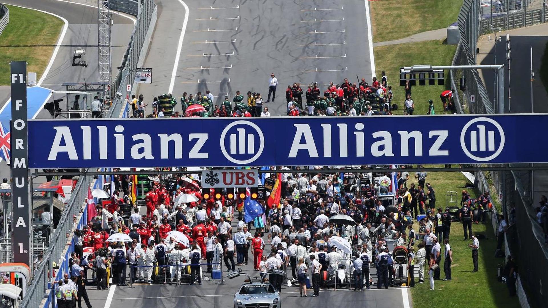 2015 Formula 1 calendar to have 19 races - Ecclestone