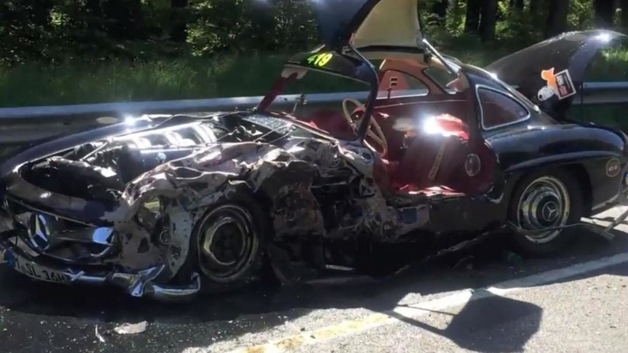 Mercedes-Benz 300SL crash during 2014 Mille Miglia