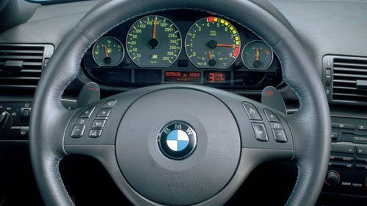 BMW M3 SMG paddle controls