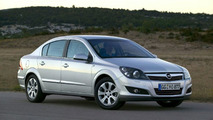 New Opel Astra Notchback: In Depth