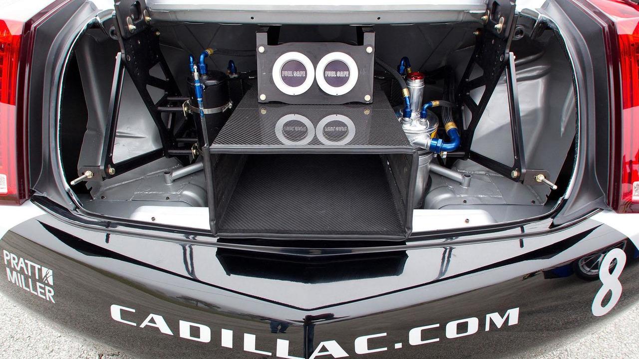 Cadillac CTS-V Racing Coupe - 24.3.2011