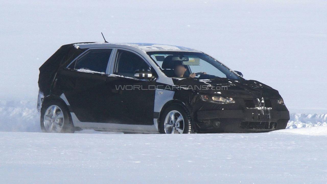 2012 Kia Forte Hatchback First Spy Photo 01.03.2010