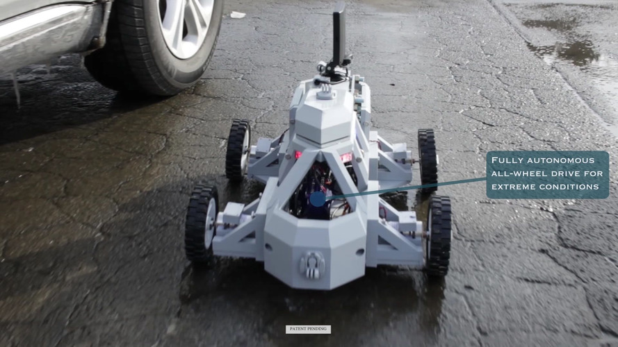 Sentinel robot hopes to make traffic stops safer