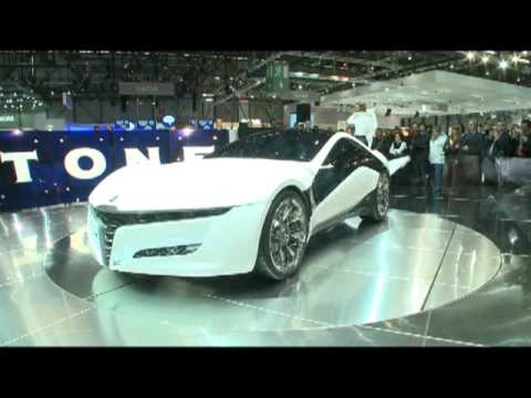 ItaliaspeedTV - 80th Geneva Motor Show: Bertone Press Conference & Premiere of the Pandion