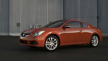 2010 Nissan Altima Coupe facelift