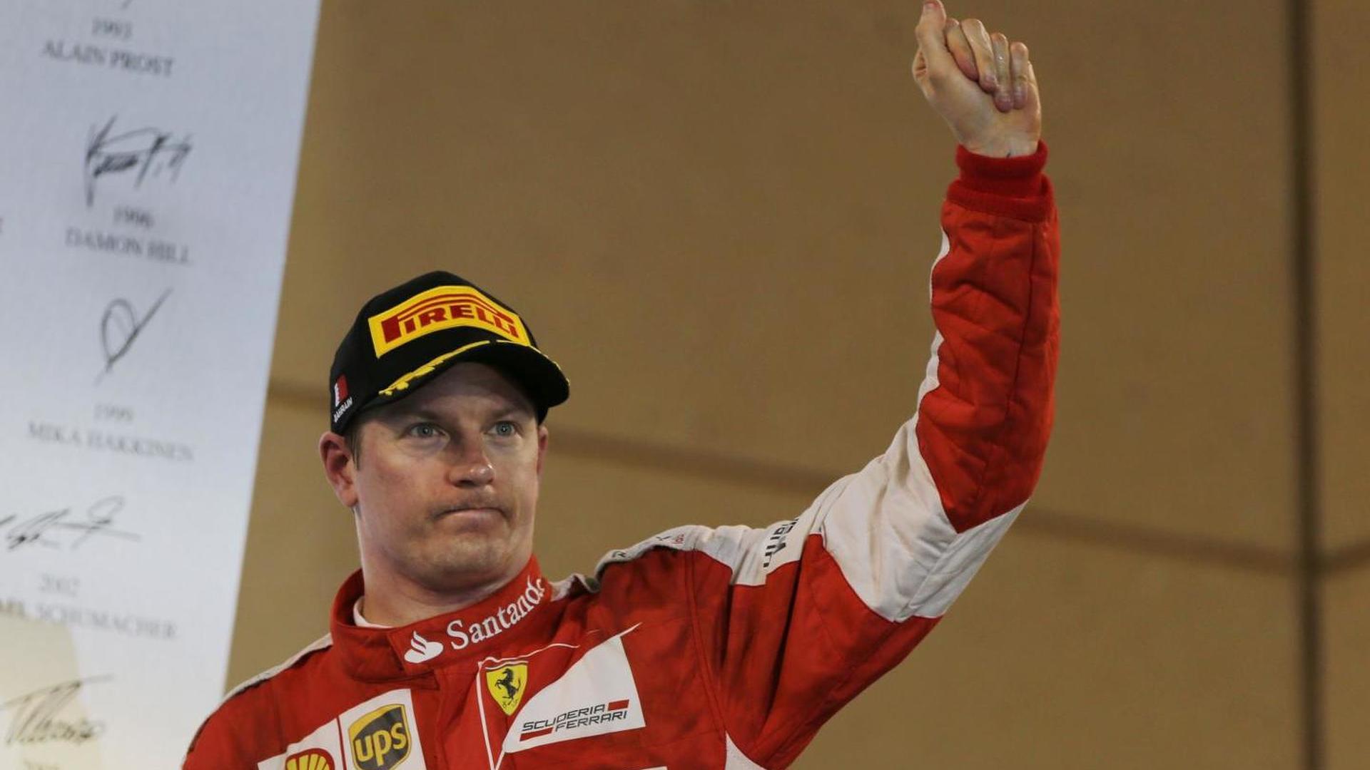 Hakkinen not sure Ferrari should keep Raikkonen