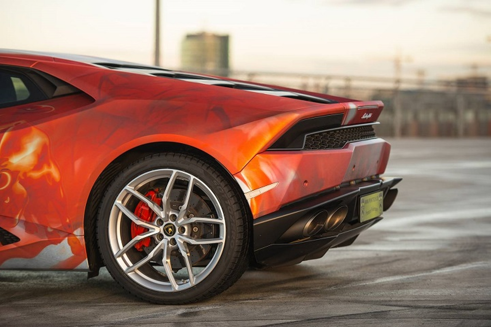 Don't Get Too Close to This Flame-Covered Lamborghini Huracan, It's Hot
