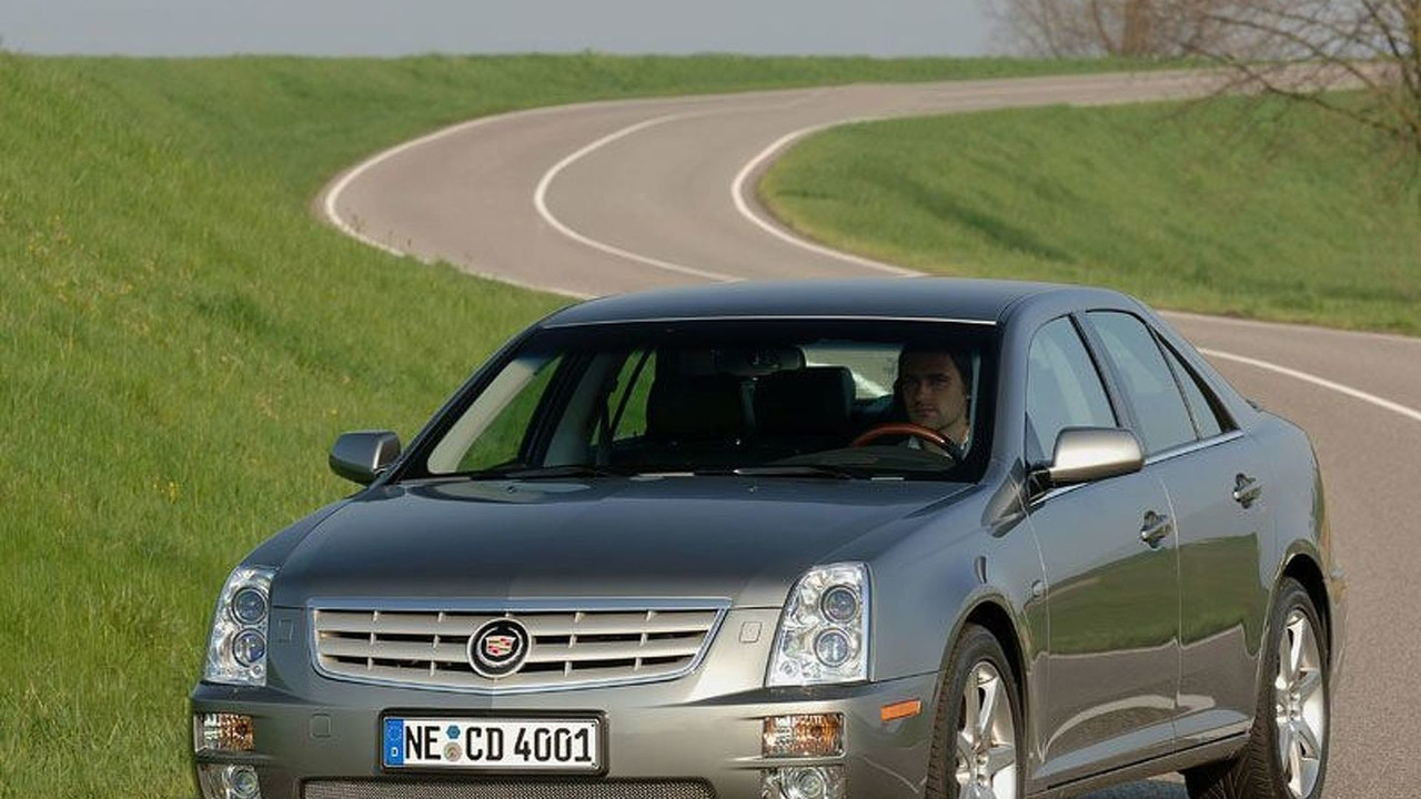 Cadillac STS Front