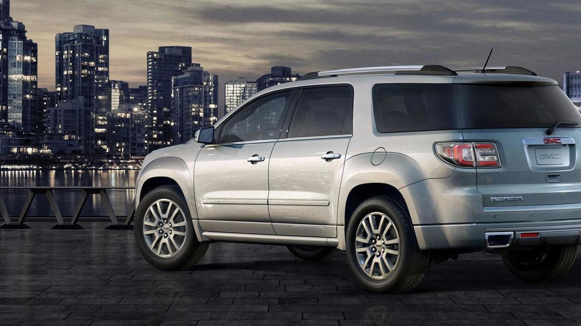2013 GMC Acadia facelift debuts in Chicago