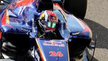 Kvyat relaxed as he takes over Vettel's cockpit