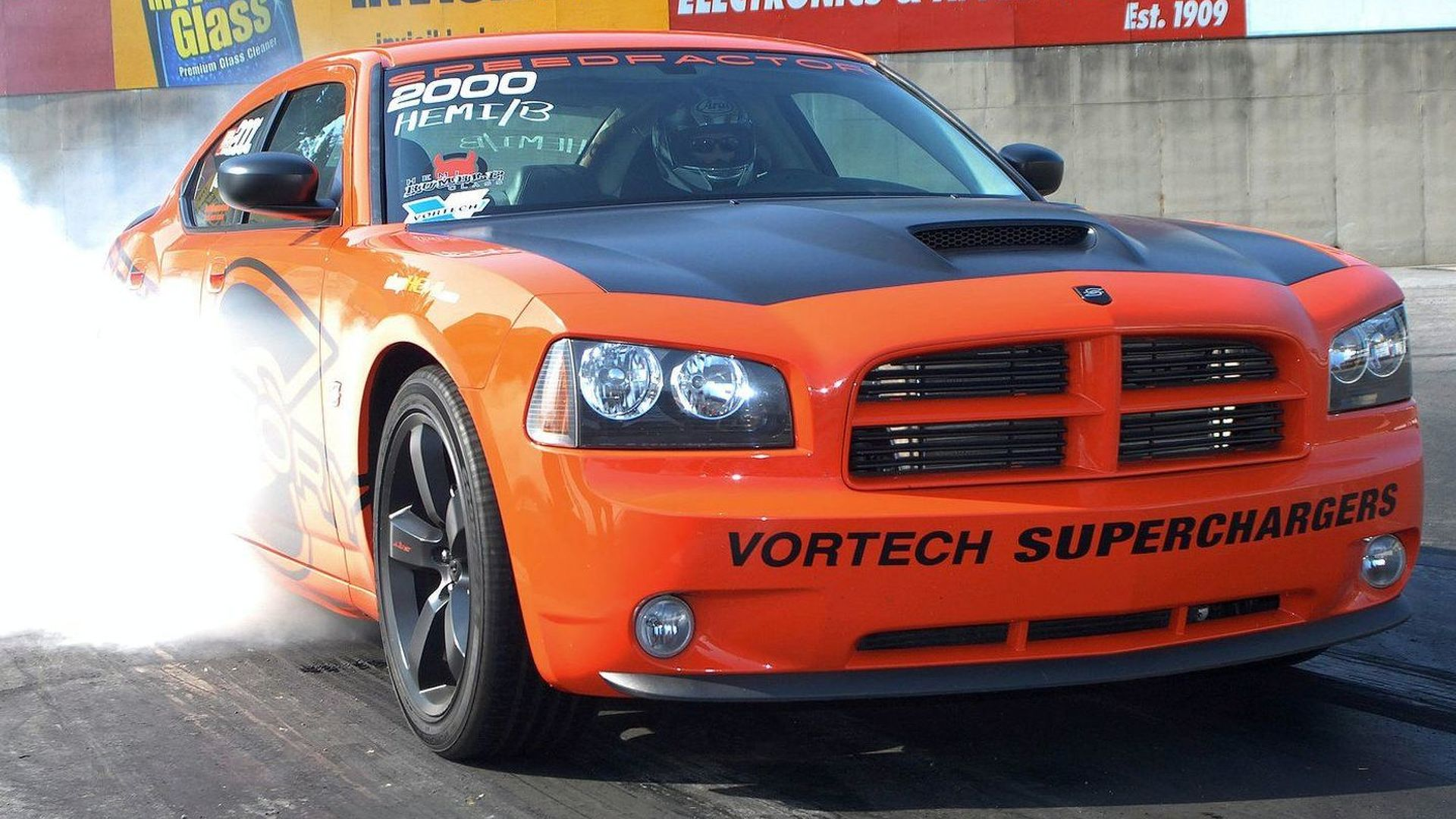 SpeedFactory 426 Charger Sets World Record Quarter Mile [Video]