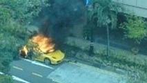 Ferrari F430 Bursts into flames in Singapore
