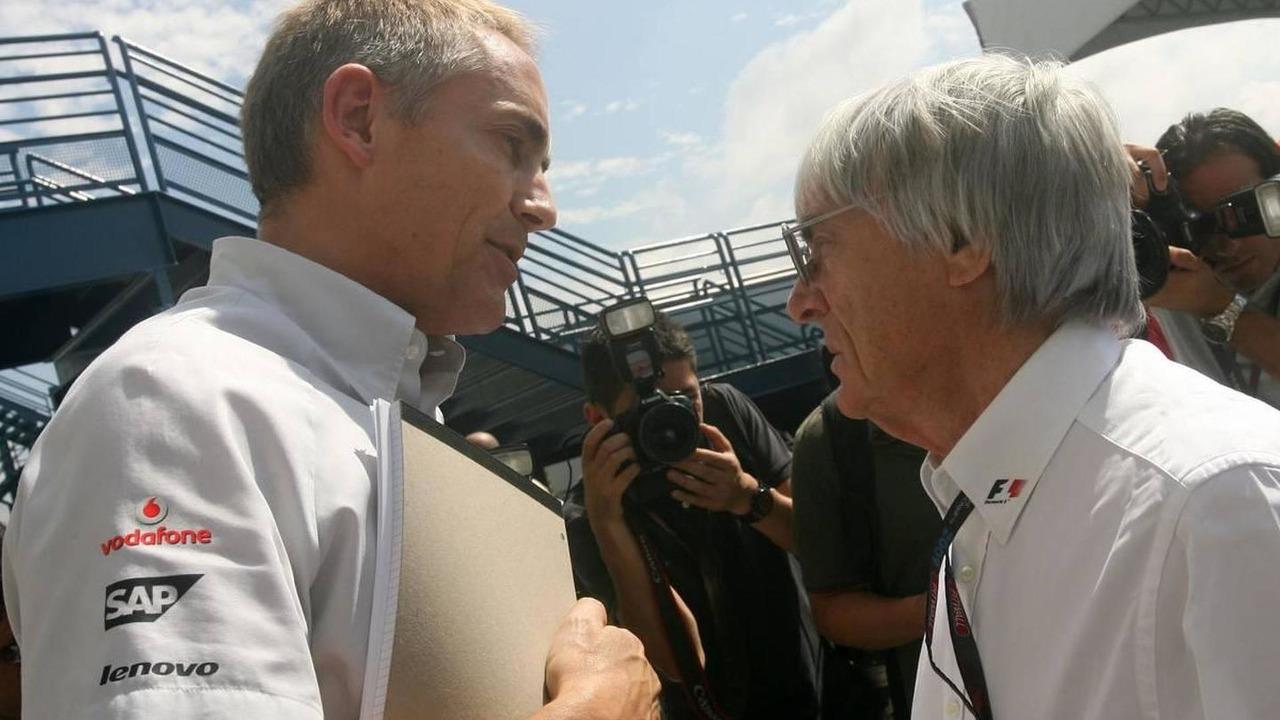 Martin Whitmarsh (GBR), McLaren, Chief Executive Officer and Bernie Ecclestone (GBR) - Formula 1 World Championship, Rd 16, Brazilian Grand Prix, 18.10.2009 Sao Paulo, Brazil