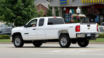 2010 Chevy Silverado Heavy Duty Spied with Front End Changes