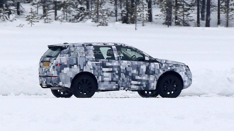2015 Land Rover Freelander spied on a frozen lake