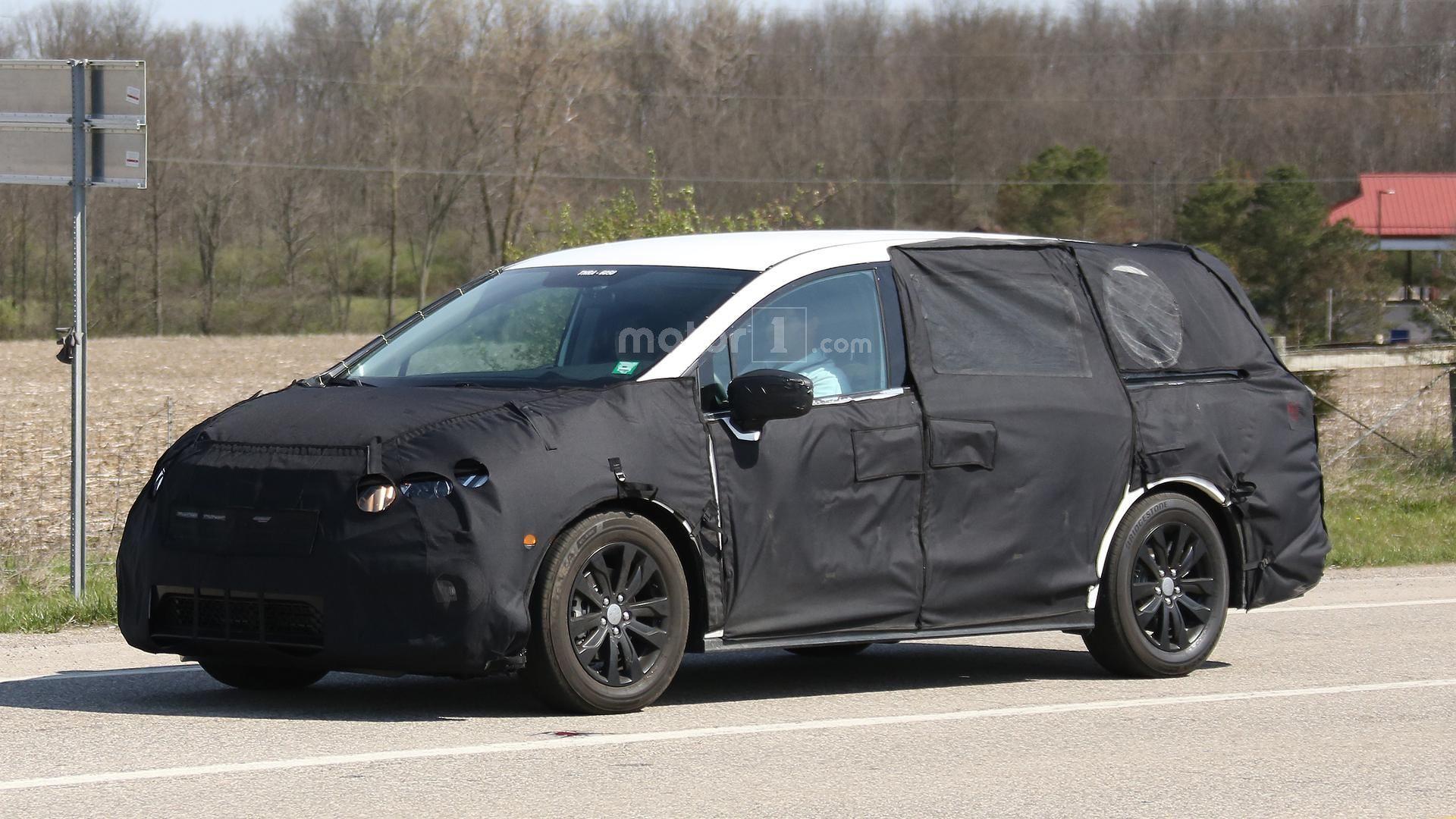 2017 Honda Odyssey spied testing in Ohio