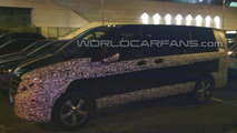 WCF reader photographs the Mercedes-Benz V-Class in Spain