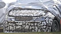 2017 Chrysler Town & Country spy photo