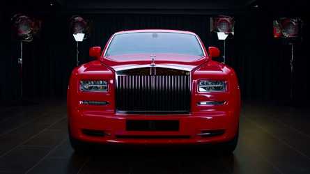 Gold-infused Rolls-Royce Phantoms join hotel fleet in Macau