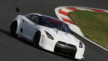 2010 Nissan GT-R New FIA GT1 Race Car Photos Released