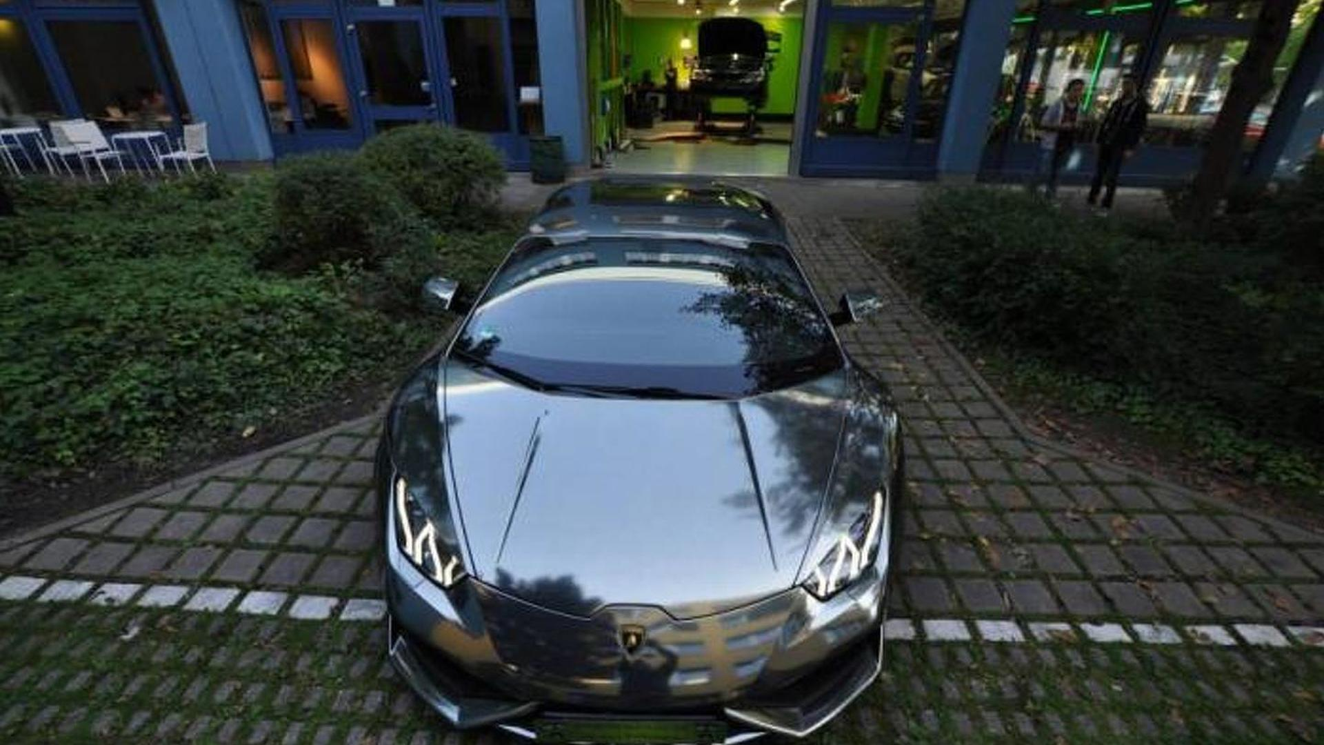 Lamborghini Huracan gets black chrome vinyl wrap