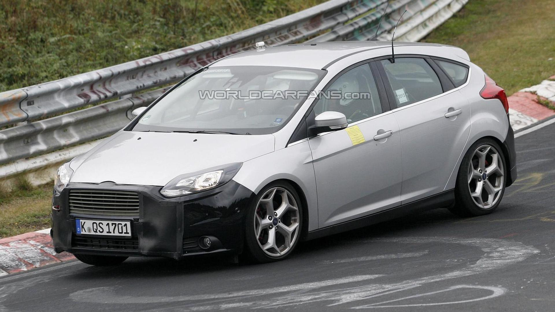 2014 ford focus st facelift spied once again. Black Bedroom Furniture Sets. Home Design Ideas