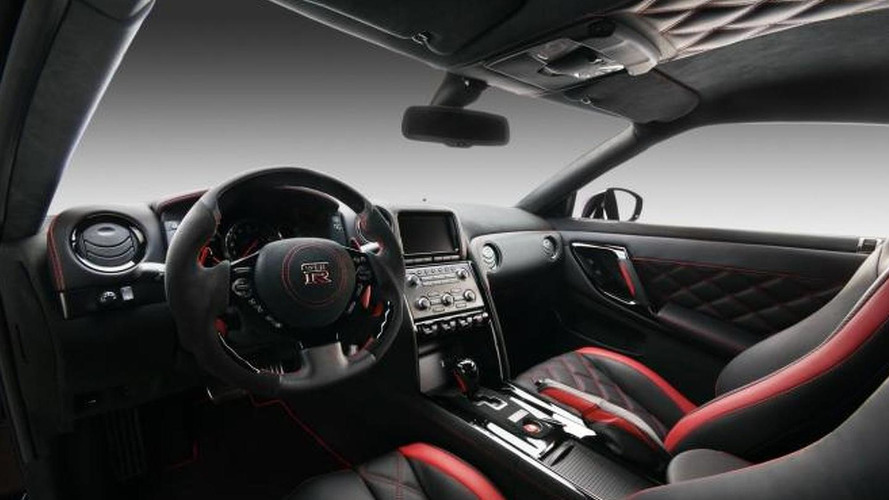Vilner customizes 2012 Nissan GT-R interior
