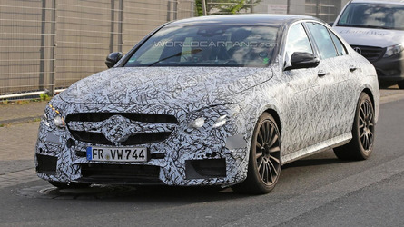 Camouflaged Mercedes-AMG E63 arrives at the Nurburgring for more tests [video]