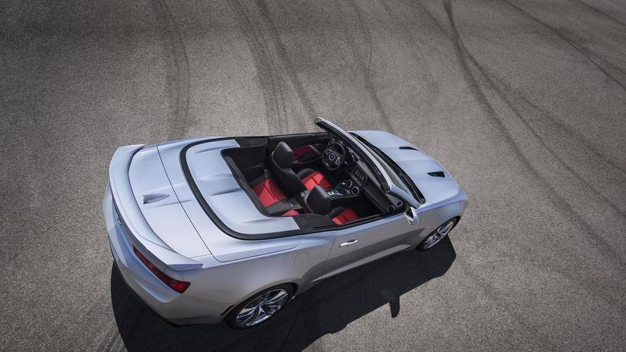 2016 Chevrolet Camaro Convertible goes official
