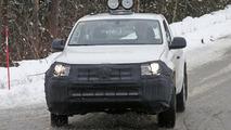 2017 VW Amarok facelift spy photo