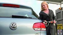 New Volkswagen Golf BiFuel Debuts in Bologna
