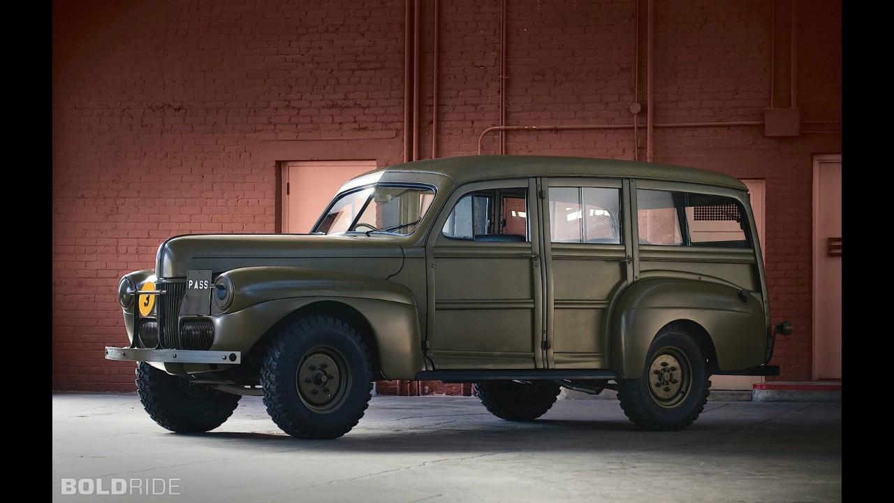 Lincoln Zephyr Sedan