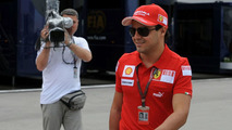 Massa to travel to USA for more tests
