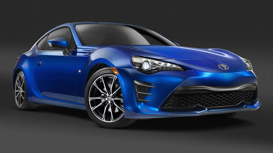 2017 Toyota 86 coupe starts at $26,255