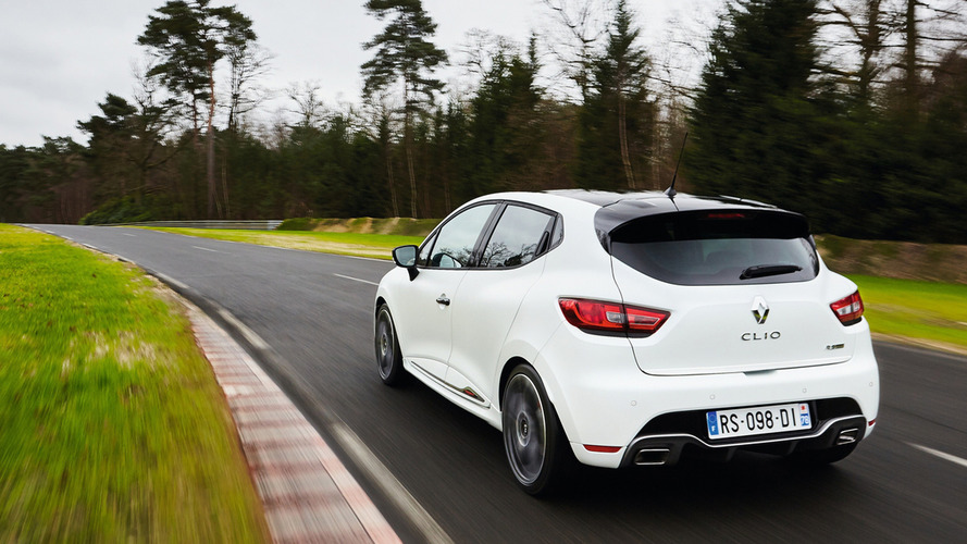 Renault Clio RS 220 Trophy is now the fastest small hatch on Nurburgring
