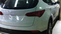 2013 Hyundai Santa Fe / ix45 partial images leaked