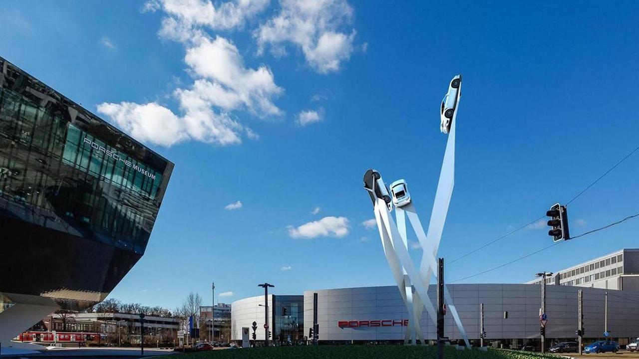 Porsche 911 sculpture rendering