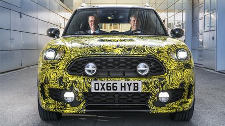 2017 Mini Countryman hybrid teased
