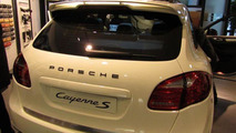 Porsche Cayenne S with sports package first photos