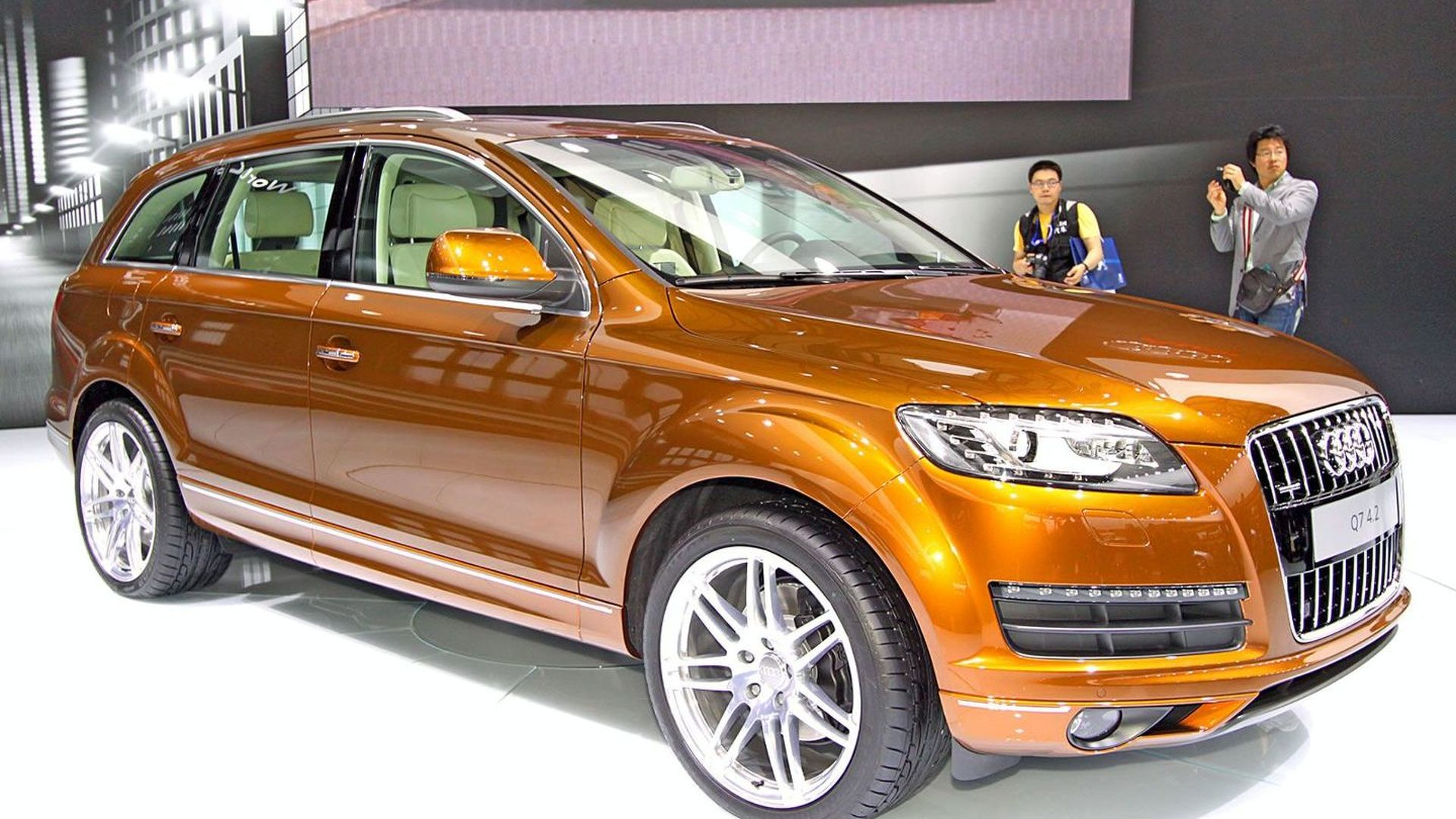 2010 Audi Q7 Facelift Revealed