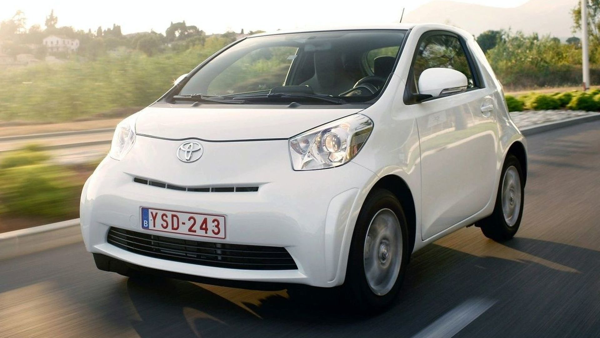 Final Toyota iQ Specs & Pricing Released