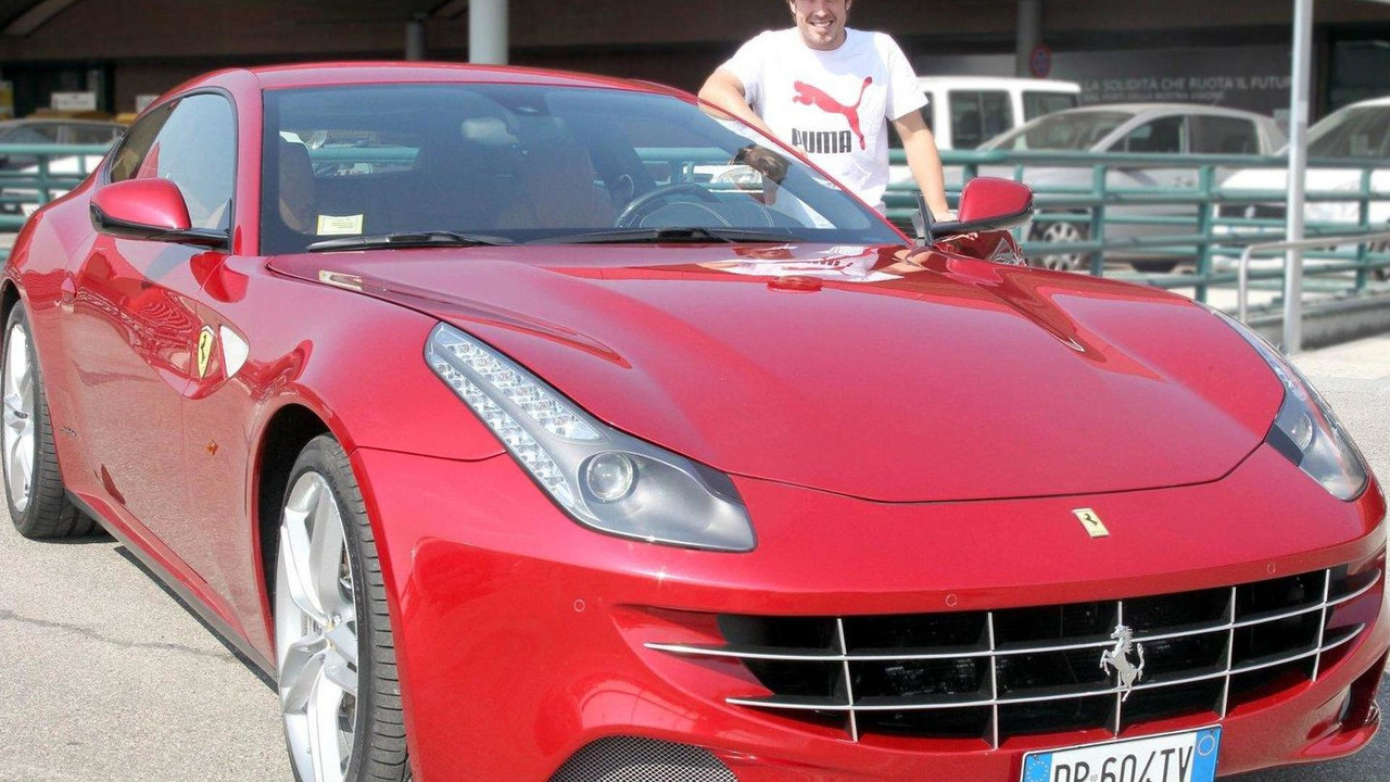 Alonso gifted a Ferrari FF for winning the Malaysian GP 29.03.2012