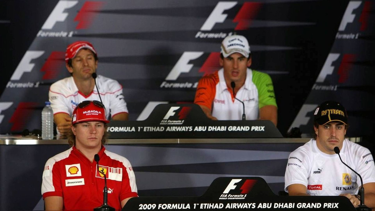 Kimi Raikkonen (FIN), Jarno Trulli (ITA), Adrian Sutil (GER), Fernando Alonso (ESP), Abu Dhabi Grand Prix, Thursday Press Conference, 29.10.2009 Abu Dhabi, United Arab Emirates