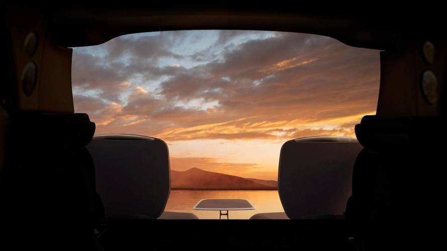 Rolls-Royce Cullinan Viewing Suite