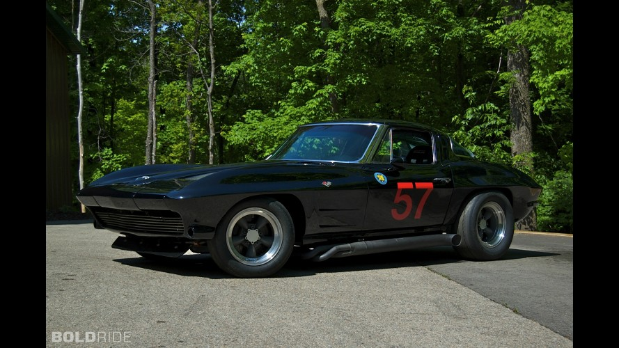 Chevrolet Corvette Vintage Racing Car