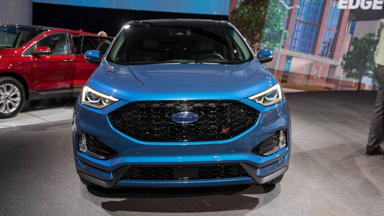 Ford Escape 2019 >> 2019 Ford Edge Titanium and ST | Motor1.com Photos